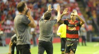 O gol da vitória do Sport no primeiro Clássico das Multidões foi marcado pelo atacante Elton