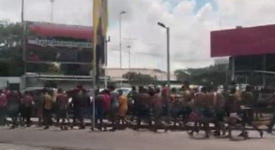 Torcidas de SporteSanta Cruz causam tumulto no Grande Recife