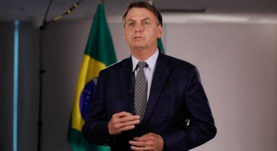 Bolsonaro afirma que o Brasil não precisa ter medo do coronavírus
