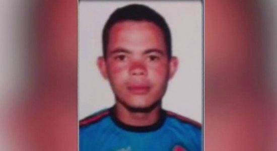 Criminosos invadem casa e matam homem que bebia com a família