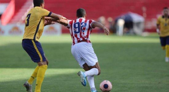 Náutico está há quatro jogos sem vencer no Pernambucano