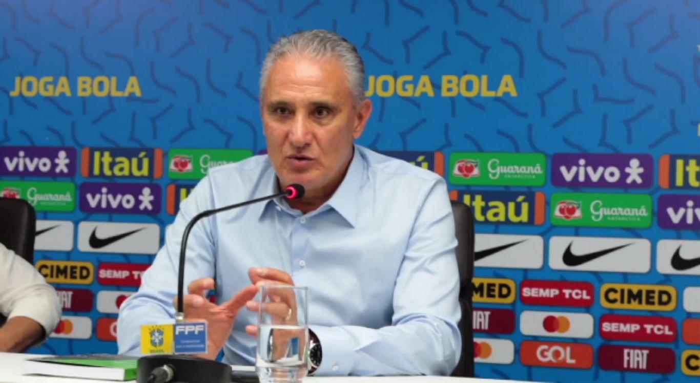 Tite concedeu entrevista coletiva à imprensa na Federação Pernambucana de Futebol