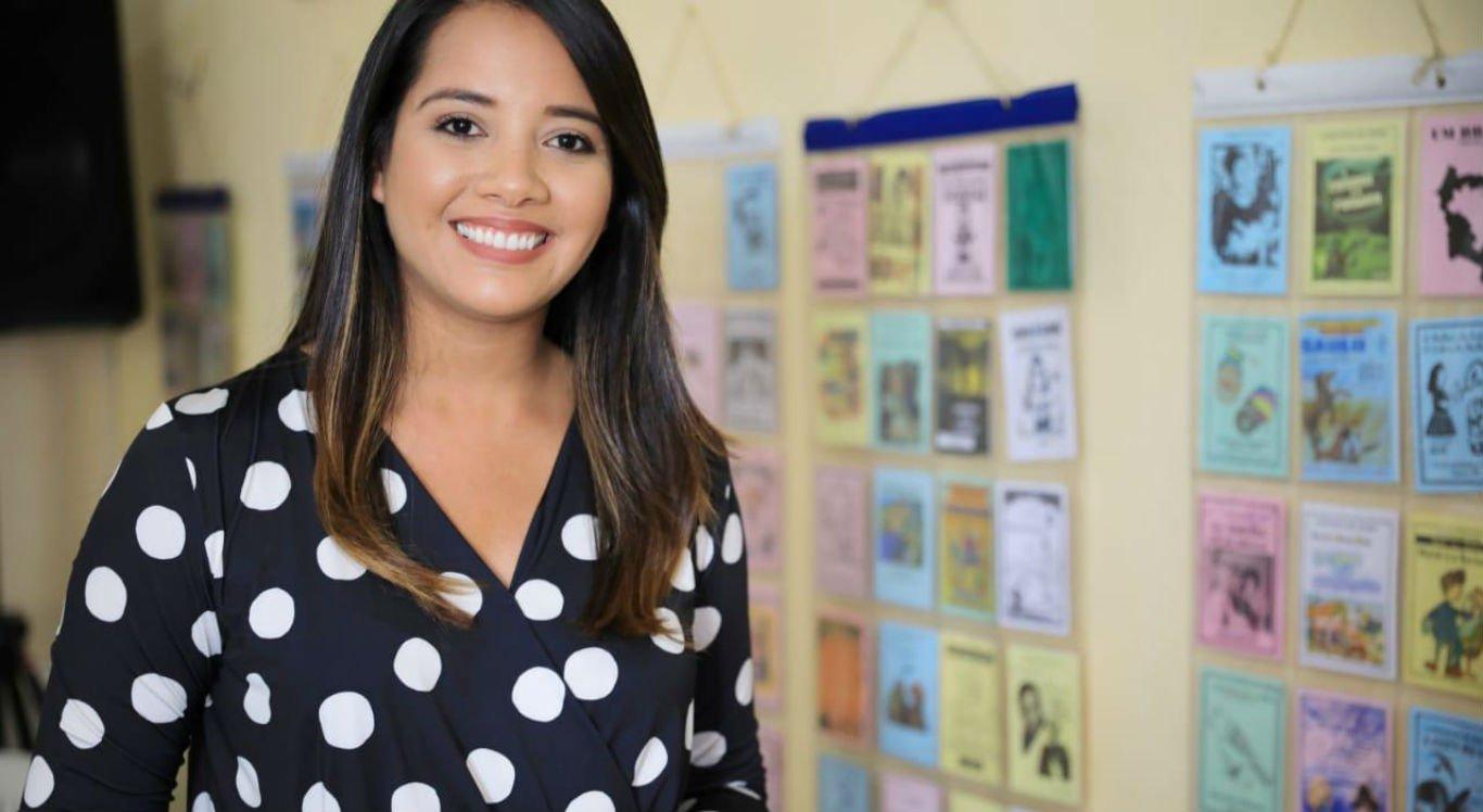 Carolina Pinto recebe título de cidadã caruaruense