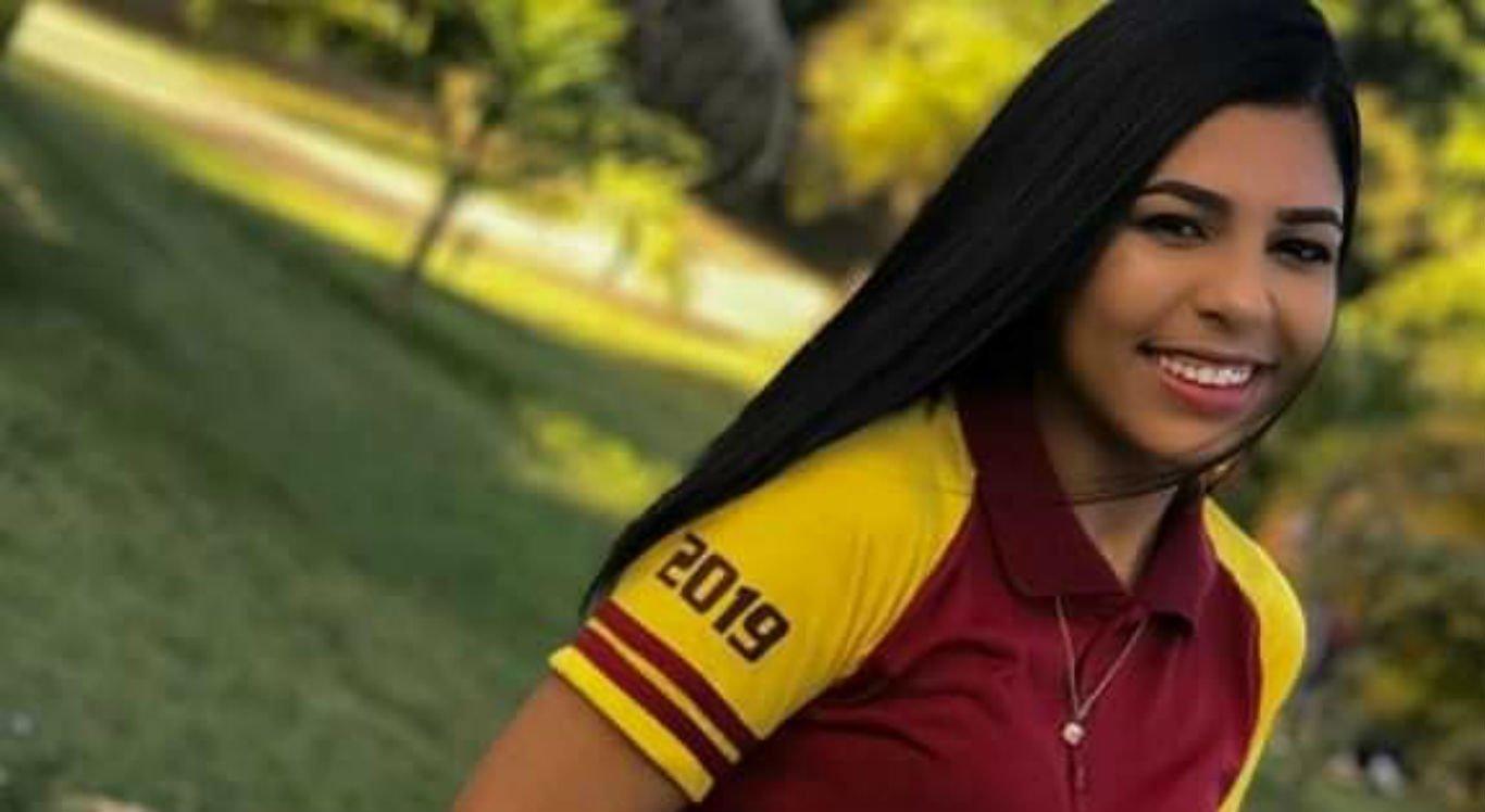 Mariana Amorim, 17 anos, morreu em acidente