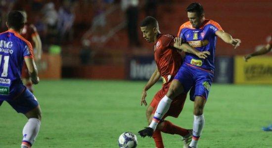 Nos Aflitos, Náutico perde para o Fortaleza pela Copa do Nordeste