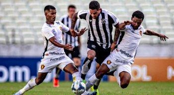 Felipe Silva e Ricardinho marcaram para o Ceará, enquanto Marquinhos foi o autor do gol do Sport.