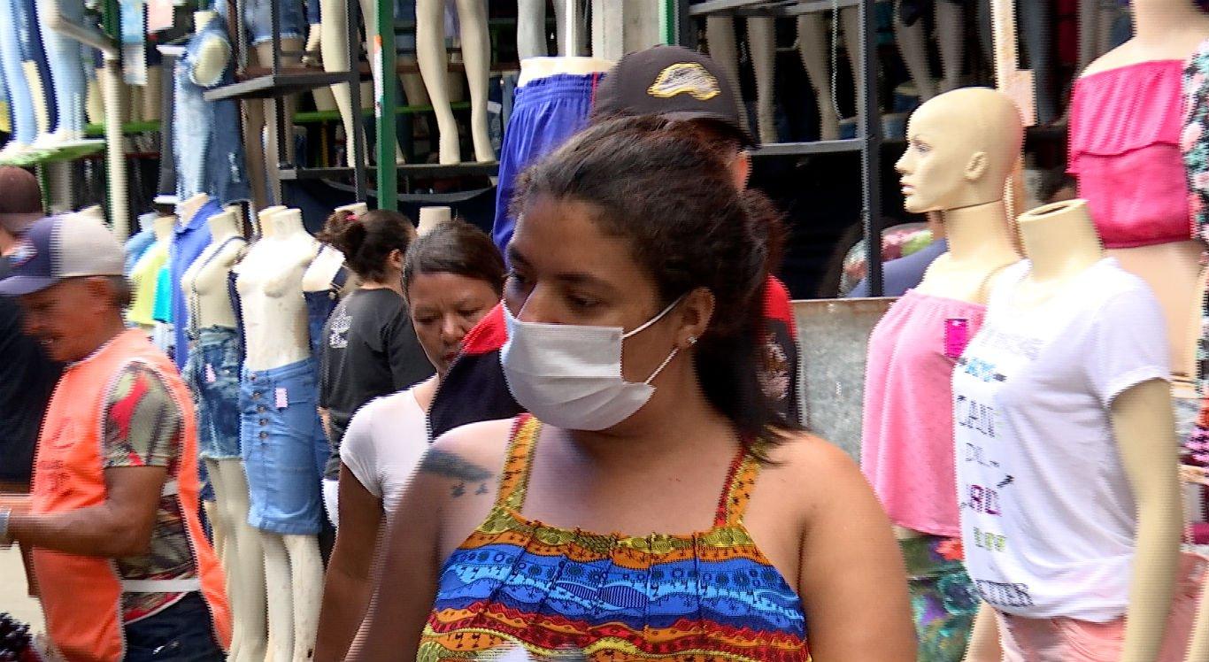 Feira da Sulanca teve baixa circulação de pessoas nesta segunda-feira