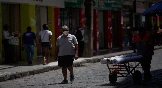 ''Quem não cumprir a determinação pode ser fiscalizado'', afirma procurador-geral de Pernambuco sobre decreto para uso de máscaras