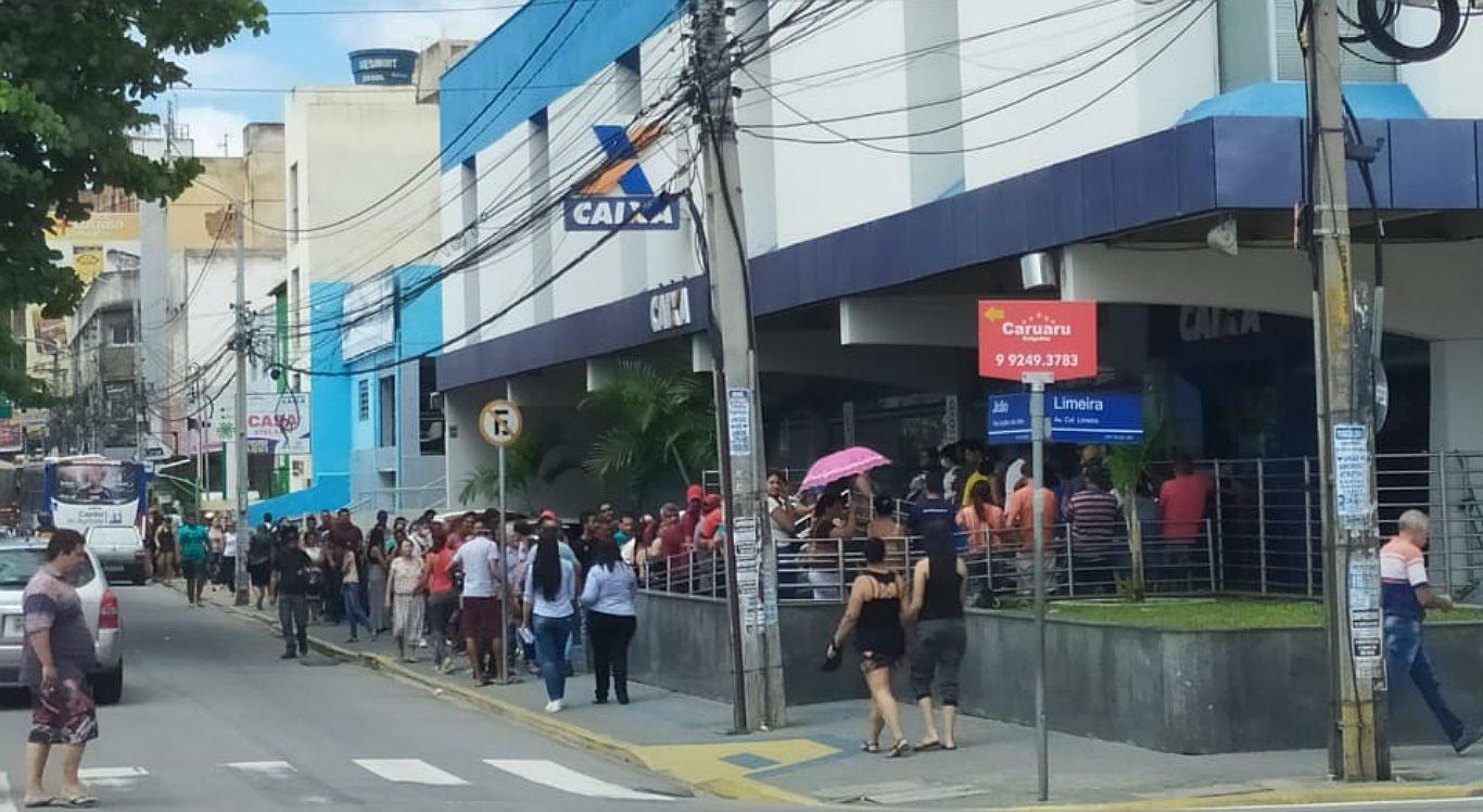 Caixa Econômica da Rua Capitão João Velho, no centro de Caruaru