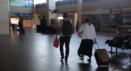 Movimento no Terminal Integrado de Passageiros do Recife é pequeno