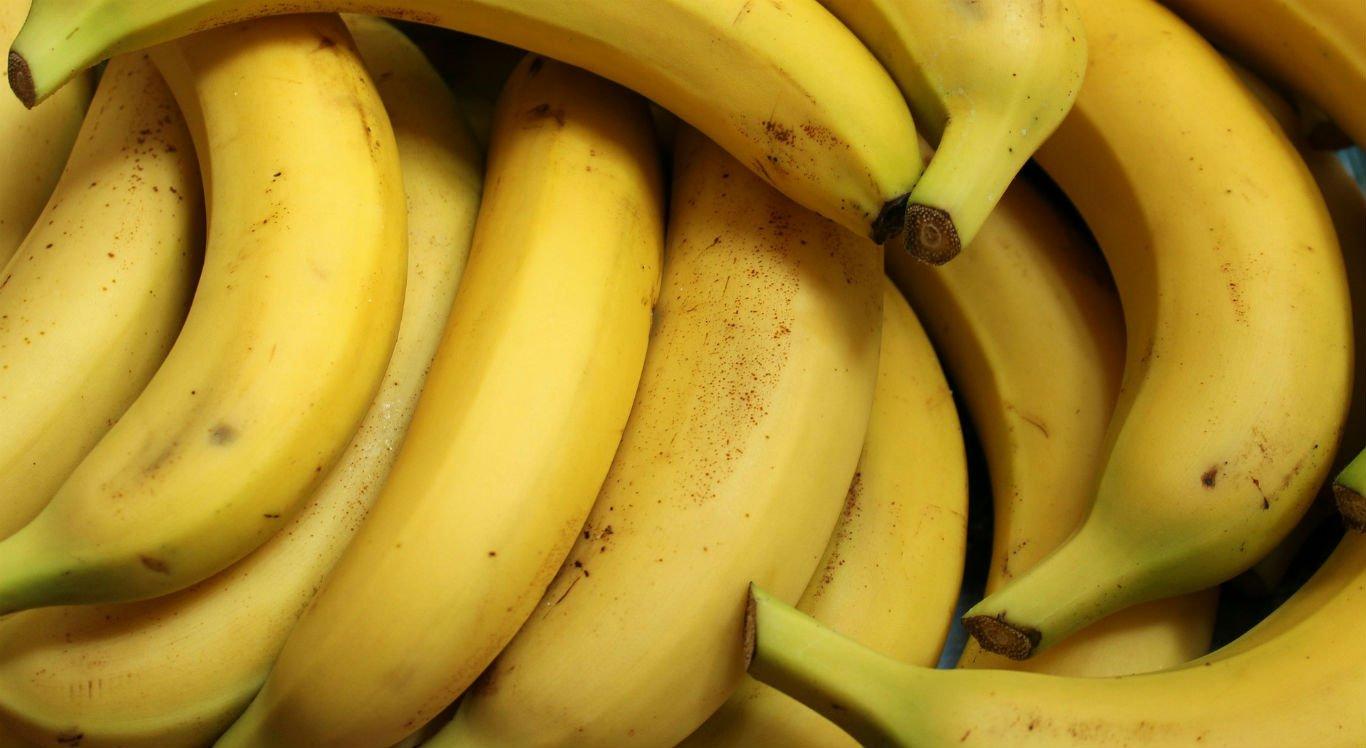 Feiras livres de frutas e verduras estão sendo realizadas normalmente