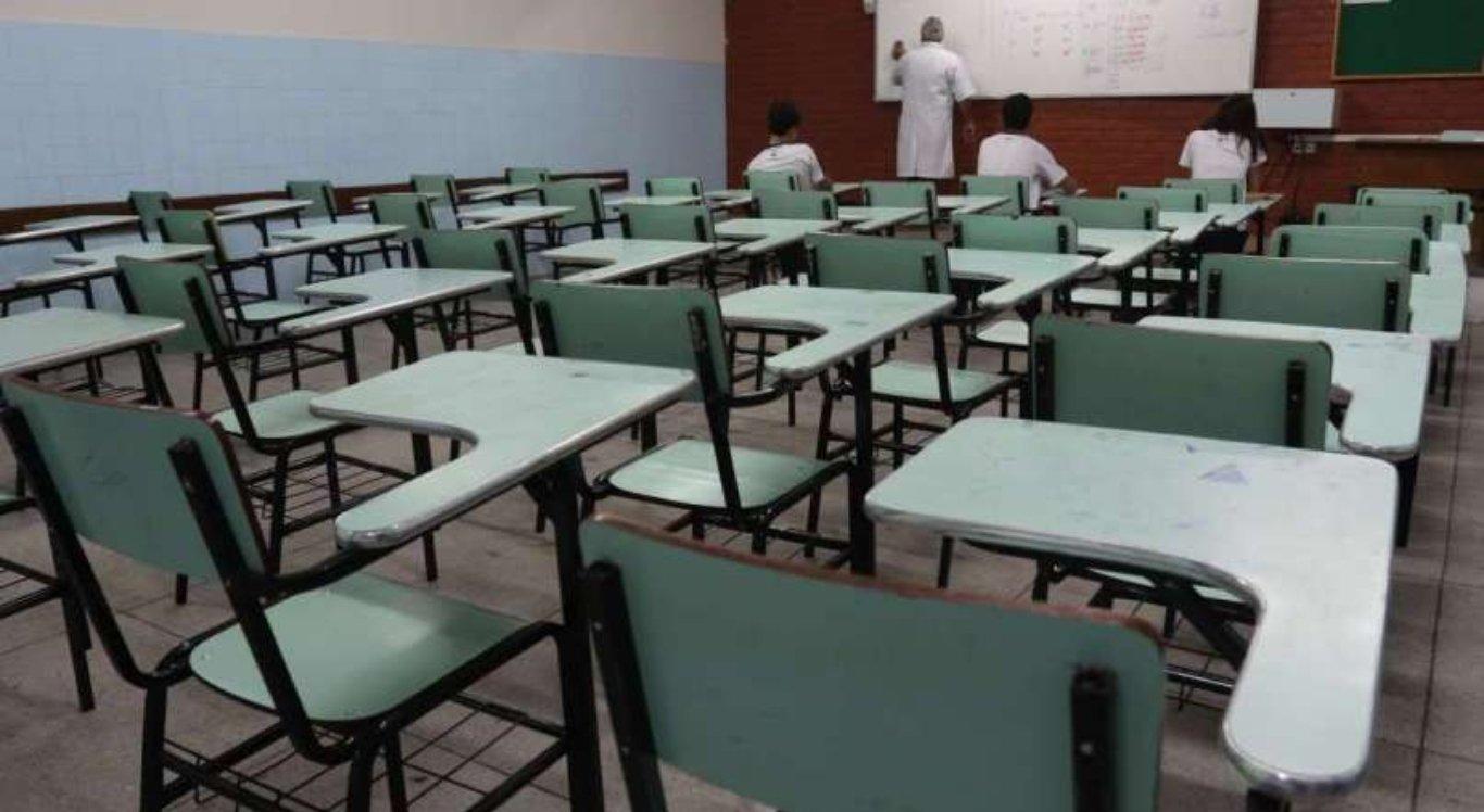 Férias das escolas privadas de Pernambuco são antecipadas para abril