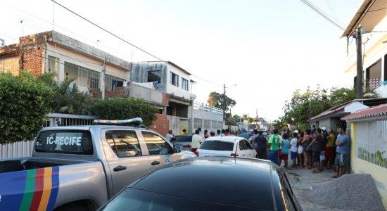 Jovem é assassinado a tiros na frente de casa no Cabo de Santo Agostinho