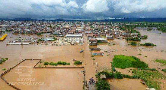 Diante das fortes chuvas, presidente da Amupe analisa situação do Sertão
