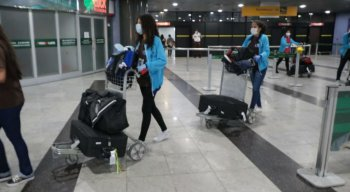 Covid-19: estudantes do programa Ganhe o Mundo retornam da Espanha por causa do coronavírus