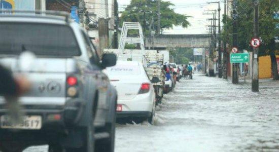 Apac emite alerta de chuva moderada a forte em várias regiões de Pernambuco