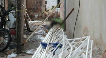 O corpo foi encontrado em um casa em Jaboatão dos Guararapes