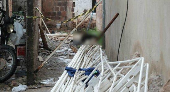 Corpo em decomposição pode ser de desaparecido em Jaboatão dos Guararapes