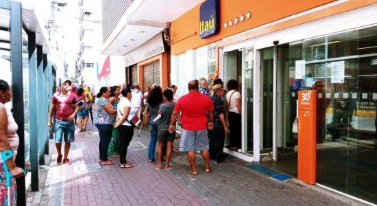 Coronavírus: bancos suspendem parte do atendimento no Grande Recife