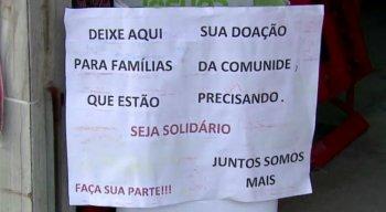 A mensagem está exposta na frente do mercadinho no Recife