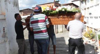 Dona de casa que teve tumor na cabeça retirado morreu