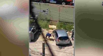 O assalto aconteceu em um estabelecimento, localizado na Rua Padre Anchieta, no cruzamento com a Rua José Bonifácio