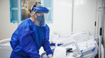Médicos contratados pela Prefeitura do Recife vão atuar nos hospitais de campanha