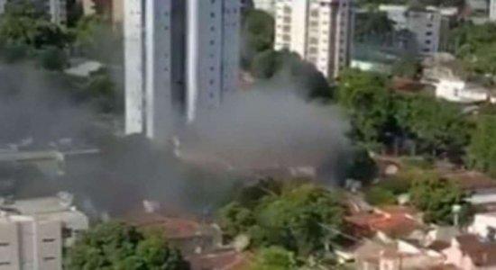 Incêndio atinge casa no bairro do Parnamirim, Zona Norte do Recife