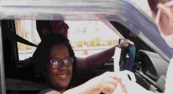 Drive Thru: doações são entregues sem precisar sair do carro