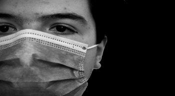 A Singapura tinha uma estratégia para conter o avanço do novo coronavirus que foi reconhecida como exemplo mundial, mas erros no caminho mudaram a situação