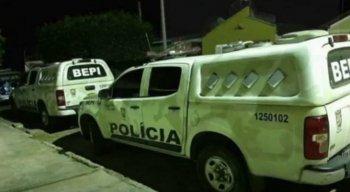 A Polícia Miltar foi acionada e foi até o local para salvar a família