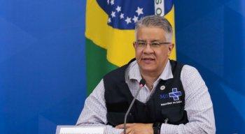 Secretário de Vigilância em Saúde, Wanderson de Oliveira, durante coletiva de imprensa sobre a covid-19