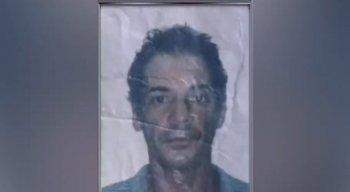 Ao lado do corpo, a perícia encontrou documentos de Marcos Irapuan Santana da Silva, de 45 anos, que os policiais acreditam que sejam da vitima