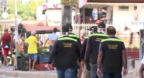 Prefeitura faz ordenamento de comércio informal em Olinda