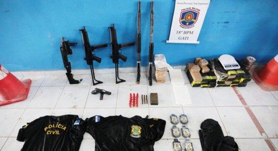 Drogas, armas e distintivos de polícia são encontrados em sítio de Ipojuca