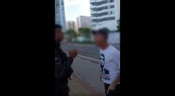 Idoso foi detido após desacatar os policiais militares