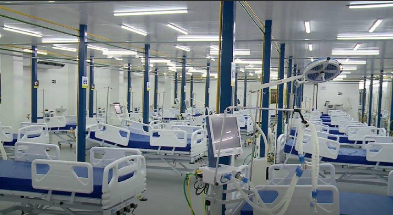 O hospital de campanha fica no bairro dos Coelhos, no Recife