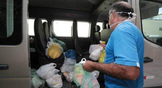 TV Jornal entrega donativos à Casa de Passagem