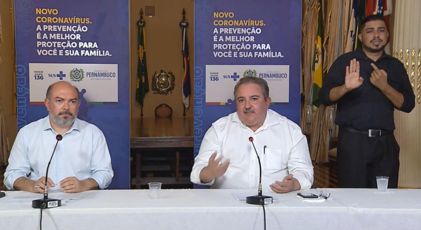 Secretário de Saúde do Recife, Jailson Correia, e secretário estadual de Saúde, André Longo