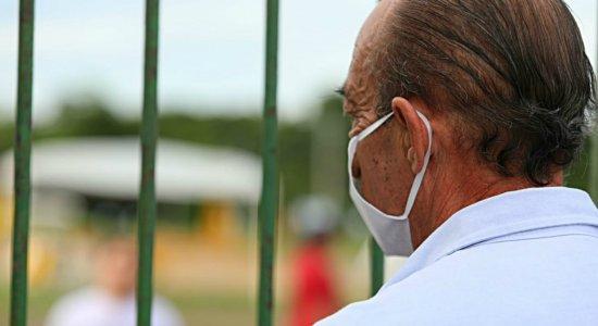 Coronavírus: familiares não podem dar 'último adeus' a parentes mortos