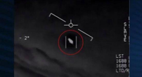 Governo dos Estados Unidos divulga vídeos oficiais de OVNI's; veja imagens