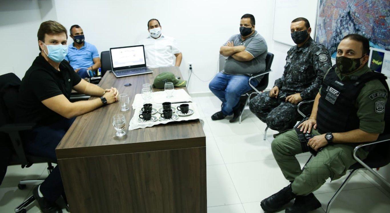 Prefeito de Petrolina se reúne com Guarda e PM para aumentar fiscalização