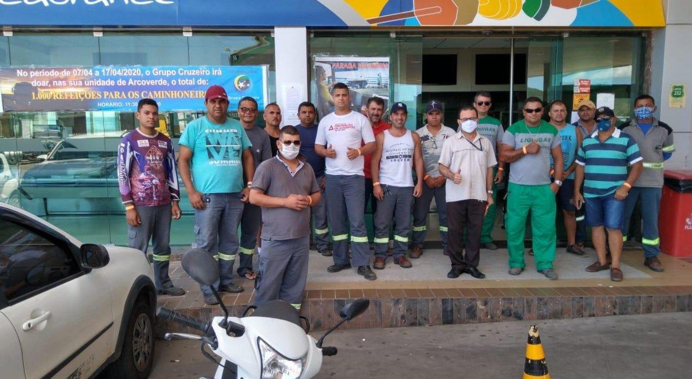 """A """"Parada Solidária"""" foi desenvolvida para ajudar motoristas enquanto restaurantes estão fechados"""
