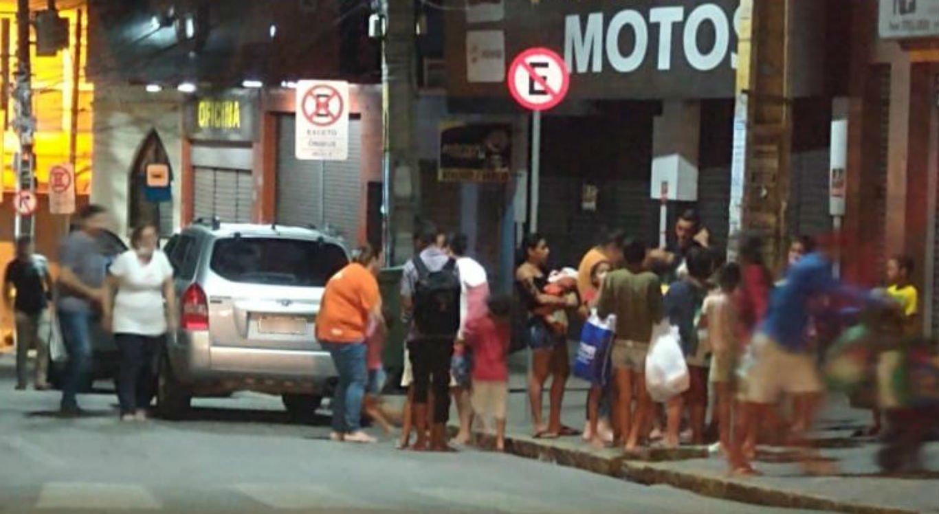 Grupo de amigos ajuda pessoas em situação de vulnerabilidade em Caruaru