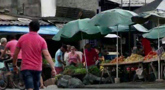 Coronavírus: População 'fura' quarentena e ocasiona aglomerações no Grande Recife; veja vídeo