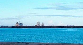 Embarcação é a segunda a ficar retida no Estado após diagnostico da covid-19; O navio veio da Bahia