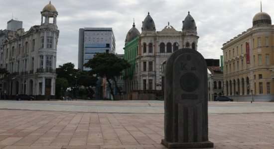Veja imagens do Recife e Olinda no segundo dia de quarentena