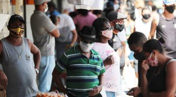 A equipe da TV Jornal encontrou muitas pessoas desrespeitando a quarentena em Olinda