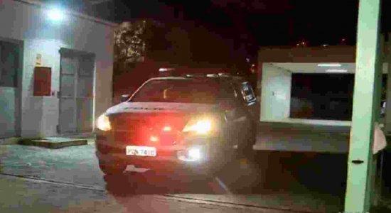 Taxista é esfaqueado em assalto durante corrida em Olinda
