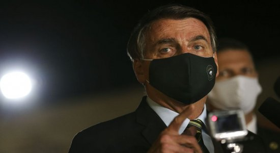 Bolsonaro também falou sobre a possível volta do futebol no Brasil
